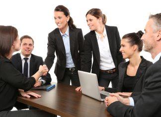 Phiên dịch tháp tùng uy tín chất lượng tại công ty dịch thuật và phiên dịch Châu Á
